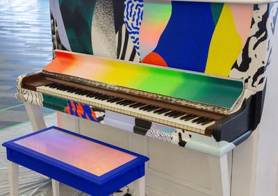 Piano public personnalisé par l'artiste montréalaise Cyndie Belhumeur. (Groupe CNW/Palais des congrès de Montréal)