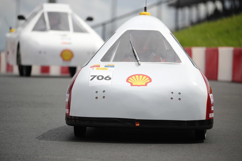 Mater Dei Supermileage team competing under UrbanConcept – Battery Electric category on the track at Make the Future Live California featuring Shell Eco-marathon Americas at Sonoma Raceway in Sonoma, Calif. (Scot Tucker/AP for Shell)