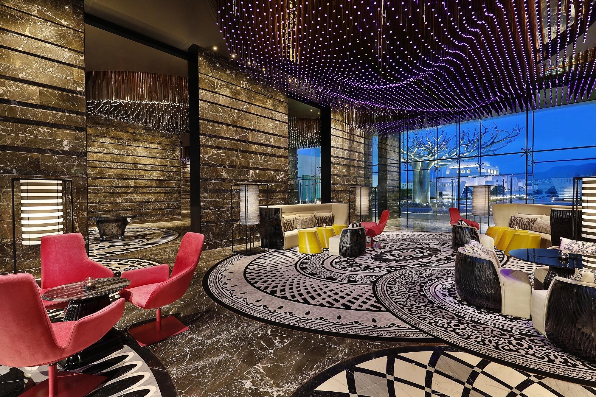W Muscat - Living Room
