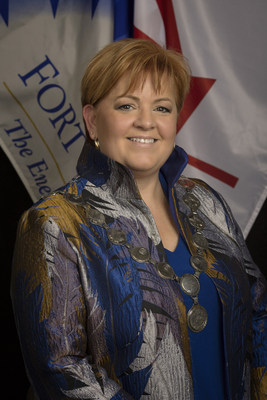 Mayor Lori Ackerman, Fort St. John B.C. (CNW Group/Energy Council of Canada)