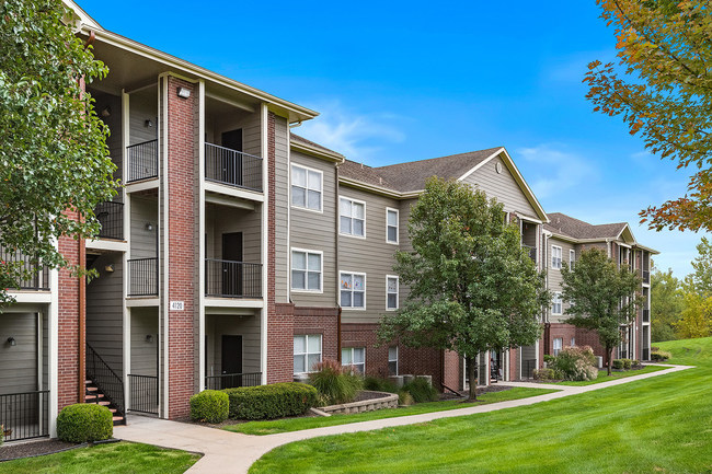 The Cornerstone Apartments feature large one and two-bedroom units in Independence, Missouri just East of the Missouri-Kansas State line.