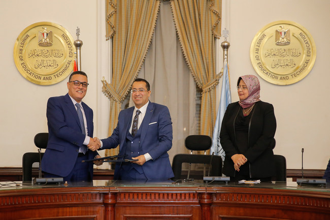 L to R - Mr. Eyad Darawsheh (Managing Director, Alpha Publishing), Dr. Hassan Ismail Fares (Chairman of the Board of Directors, Egypt for Education Management Organisation), Dr. Amani Al-Far (Executive Manager, Egypt for Education Management Organisation)