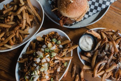 Toronto's iconic Loose Moose turns 30, launches new epic burger menu (CNW Group/The Loose Moose)