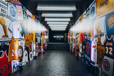 NBA Winners' Corner presented by OLG, opening this weekend in Toronto, allows fans to experience the excitement of the 2019 NBA Playoffs. (CNW Group/OLG)