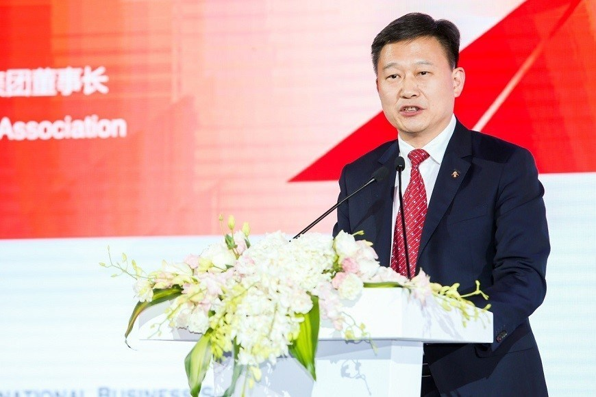 "President of CEIBS Alumni Association and Chairman of Landsea Group, Tian Ming, told the audience that CEIBS has now ""become an indispensable part"" of his life."
