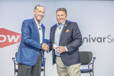 Dow CEO Jim Fitterling (left) shakes hands with Univar Solutions CEO David Jukes (right) as Univar Solutions adopts Dow's 'Advancing a Circular Economy' goal as one of its sustainability 'Goals to 2021'.
