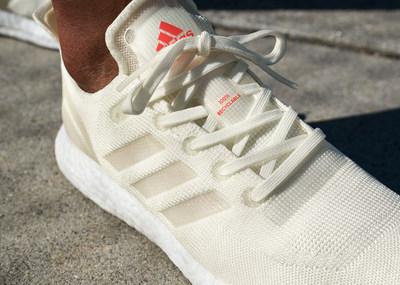 阿迪达斯推出可回收高性能跑鞋FUTURECRAFT.LOOP