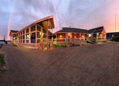 Centre de santé Kitchenuhmaykoosib Inninuwug (Groupe CNW/Services aux Autochtones Canada)