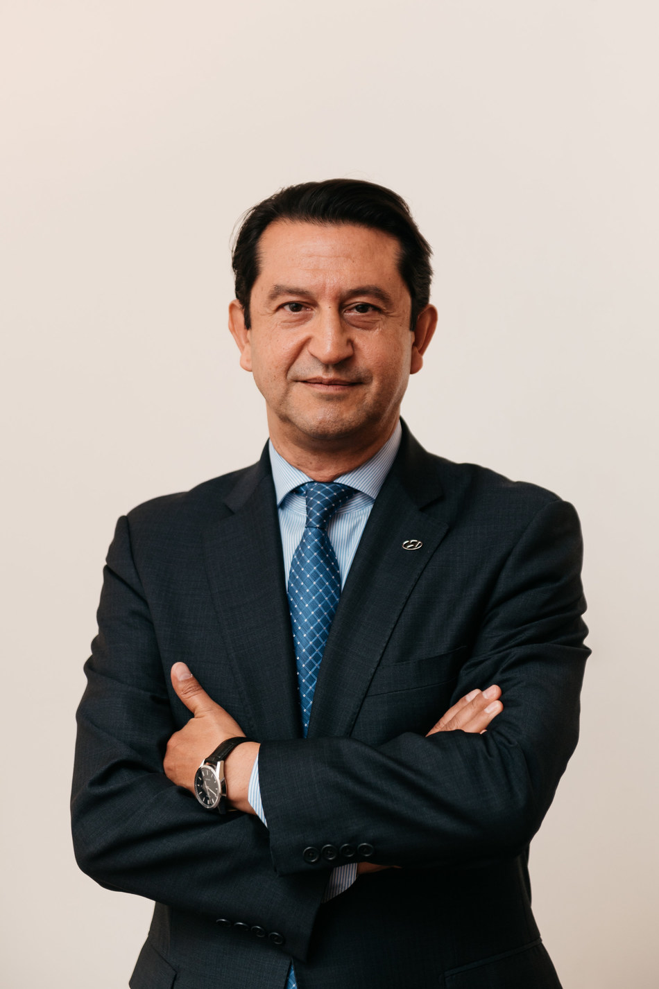 Hyundai Motor Company has appointed José Muñoz as global Chief Operating Officer. In this capacity, Mr. Muñoz will oversee global operations strategies and their implementation. He has also been named President and CEO of both Hyundai Motor North America and Hyundai Motor America.