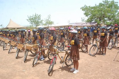 African_Bicycle_Contribution_Foundation_class_with_bikes