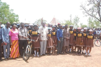African_Bicycle_Contribution_Foundation_full_class