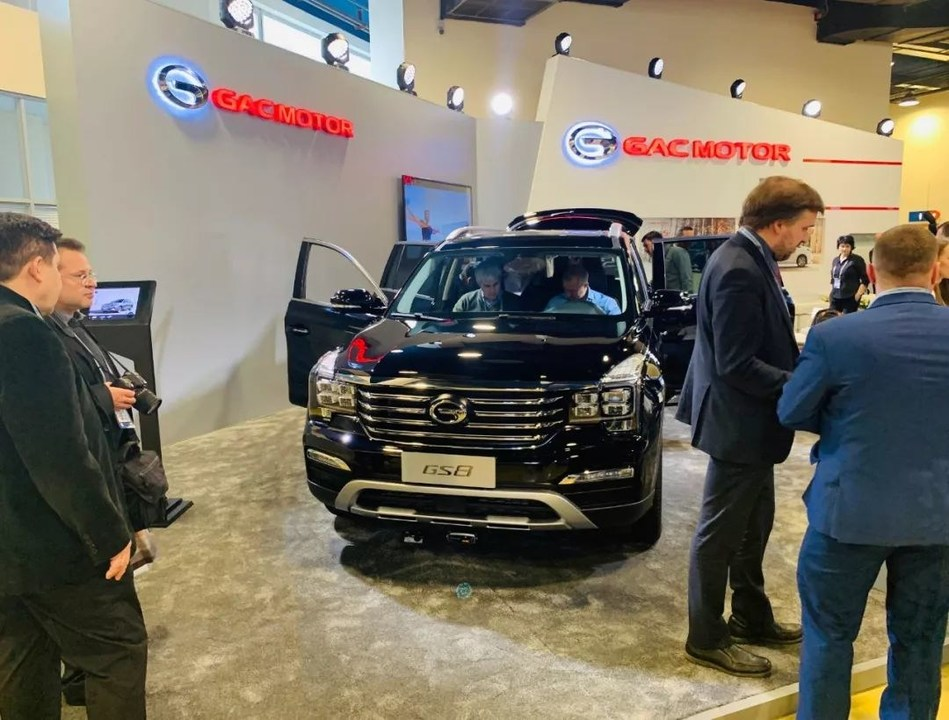 Russian Dealers Show Interest in GAC GS8 SUV