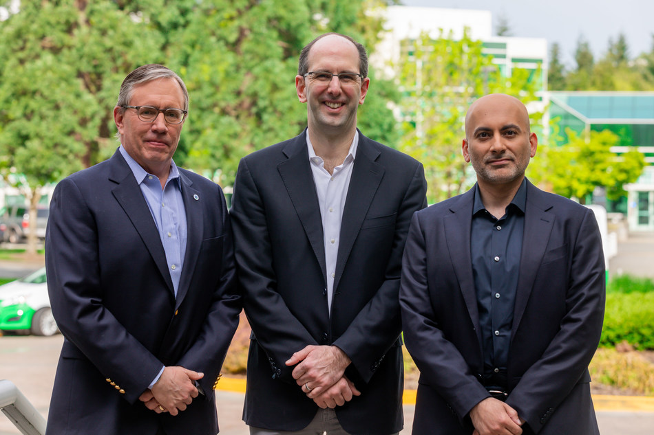 Left to right: Bill Jackson, vice president and president, Global Products, Building Technologies & Solutions, Johnson Controls; Scott Guthrie, executive vice president, Cloud + AI Group, Microsoft; Khaled Al Huraimel, CEO, Bee'ah Group