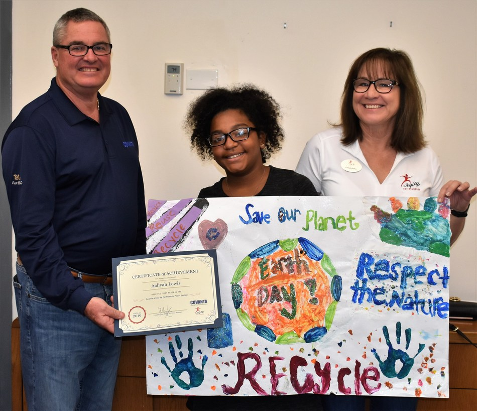 L-R: Covanta's Tom Murphy, First Place Winner Aaliyah Lewis, Cheryl Audas, Step Up For Students