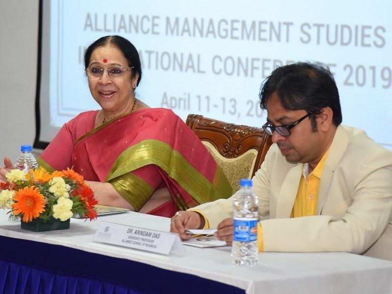 Dr. Asha Kaul, Prof. IIM-A - Keynote Speaker (PRNewsfoto/Alliance University)