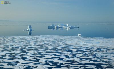 Banquisas próximas à Ilha de Baffin, no Canadá. Foto de Manu San Félix. (PRNewsfoto/National Geographic Society)