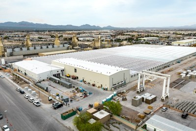 Aerial view of Flower One's 400,000 sq. ft. greenhouse cultivation facility and 55,000 sq. ft. production facility.  Image taken on April 16, 2019. (CNW Group/Flower One Holdings Inc.)
