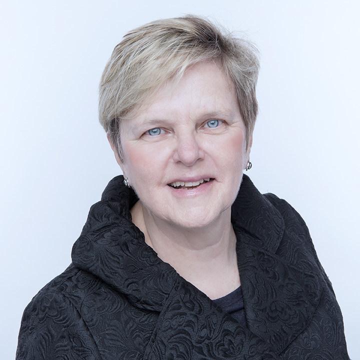 Dr. Lorraine Greaves, MA, PhD (CNW Group/Health Canada)
