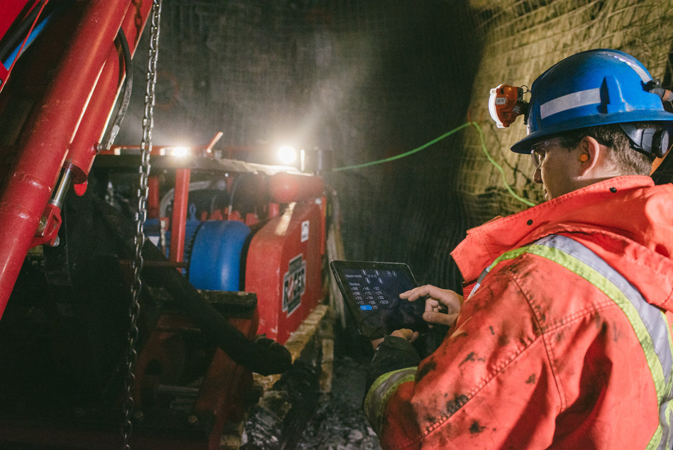 Ericsson and Ambra sign global contract to sell 5G-ready mining industry automation (CNW Group/Ericsson Canada)