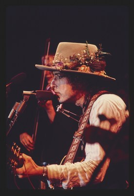 Bob Dylan – The Rolling Thunder Revue: The 1975 Live Recordings To Be Released By Columbia Records / Legacy Recordings