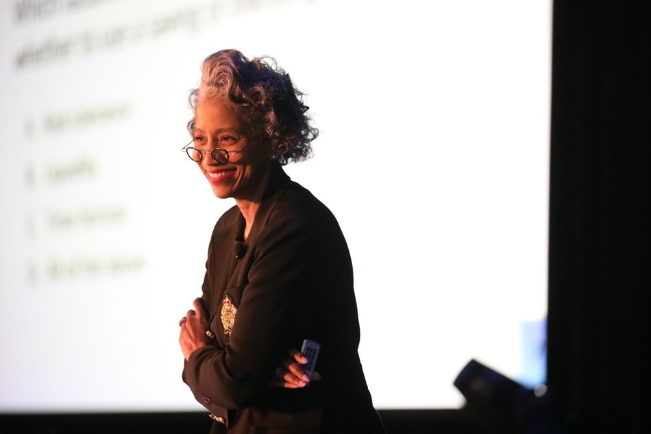 Gwendolyn Sykes – adjunct professor at American University, CFO of the U.S. Secret Service and former CFO of NASA and Yale University – keynoted the 7th annual Magnetar Team Challenge. Here, Gwendolyn led the ~300 student attendees through 15 Mag Money Quiz Show financial education questions.