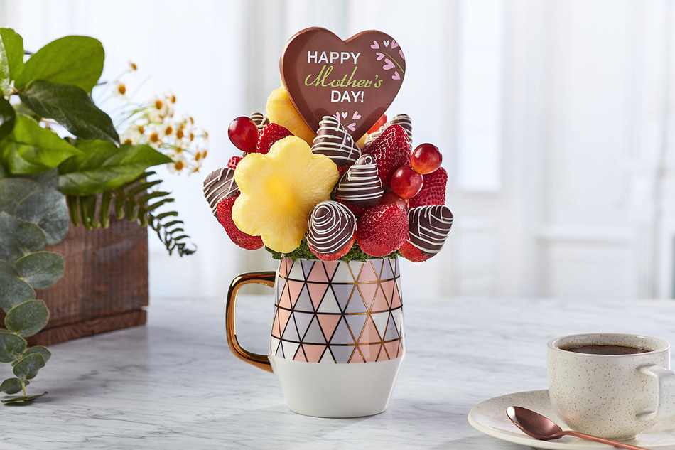 The Berry Best Mom Bouquet from Edible Arrangements