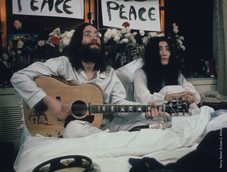 John Lennon & Yoko Ono recording Give Peace a Chance at The Queen Elizabeth hotel on June 1st, 1969 (CNW Group/Fairmont The Queen Elizabeth)
