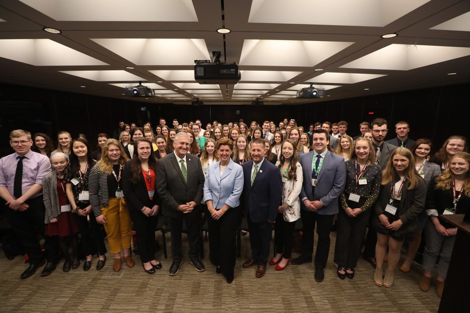 Minister Bibeau at the 47th annual 4-H Canada Citizenship Congress in Ottawa. (CNW Group/Agriculture and Agri-Food Canada)