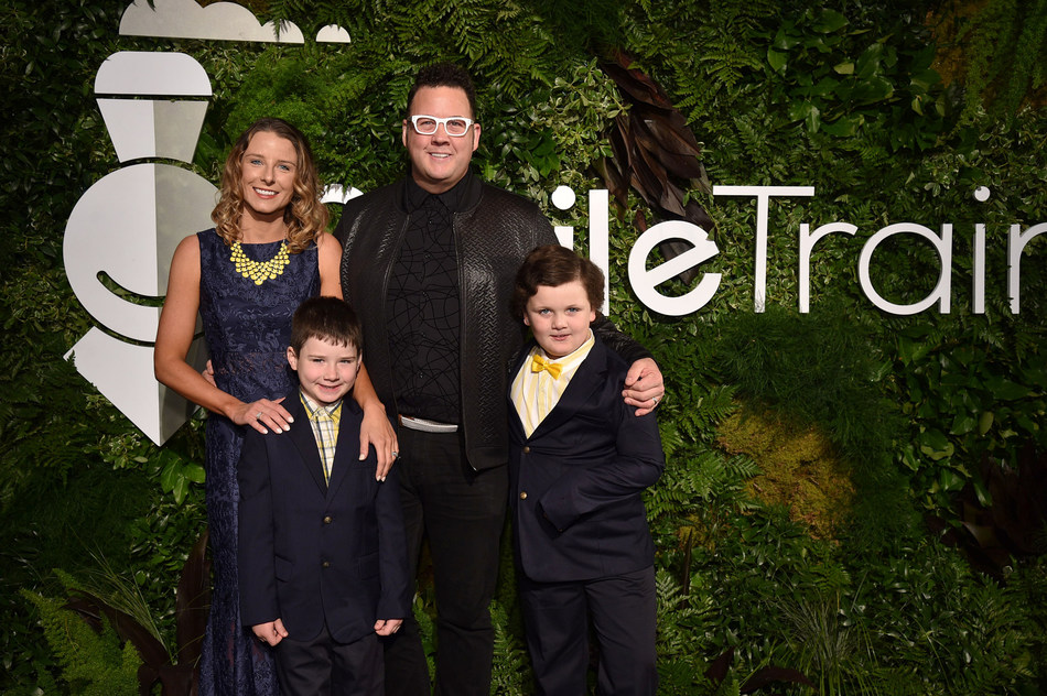 Graham Elliot and Family attend Smile Train's 20th Anniversary Gala at Capitale on May 02, 2019 in New York City. (Photo by Bryan Bedder/Getty Images)