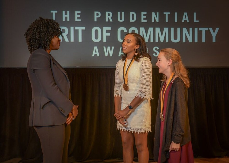 Award-winning actress Viola Davis congratulates Kennedy Musgrave, 18, of Nashville (center) and Courtney Good, 12, of Kingsport (right) on being named Tennessee's top two youth volunteers for 2019 by The Prudential Spirit of Community Awards. Kennedy and Courtney were honored at a ceremony on Sunday, May 5 at the Smithsonian's National Museum of Natural History, where they each received a $1,000 award.
