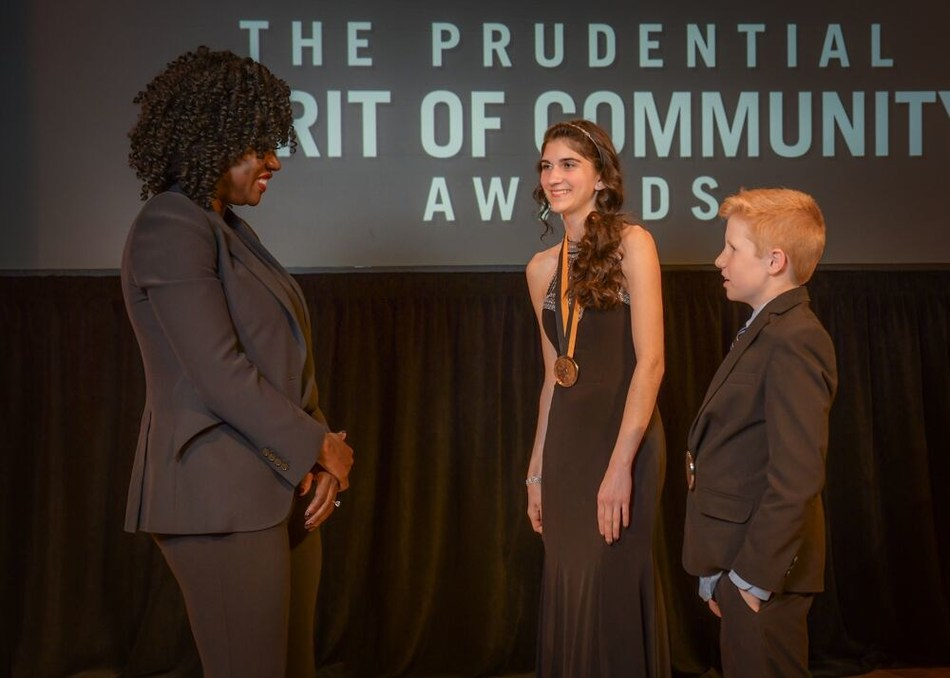 Award-winning actress Viola Davis congratulates Abby Neff, 17, of Sioux Falls (center) and Owen Ponto, 13, of Rapid City (right) on being named South Dakota's top two youth volunteers for 2019 by The Prudential Spirit of Community Awards. Abby and Owen were honored at a ceremony on Sunday, May 5 at the Smithsonian's National Museum of Natural History, where they each received a $1,000 award.