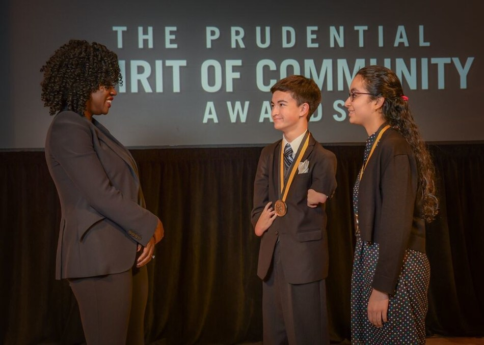 Award-winning actress Viola Davis congratulates Kobey Chew, 18, of Kirkland (center) and Mehr Grewal, 12, of Bellevue (right) on being named Washington's top two youth volunteers for 2019 by The Prudential Spirit of Community Awards. Kobey and Mehr were honored at a ceremony on Sunday, May 5 at the Smithsonian's National Museum of Natural History, where they each received a $1,000 award.