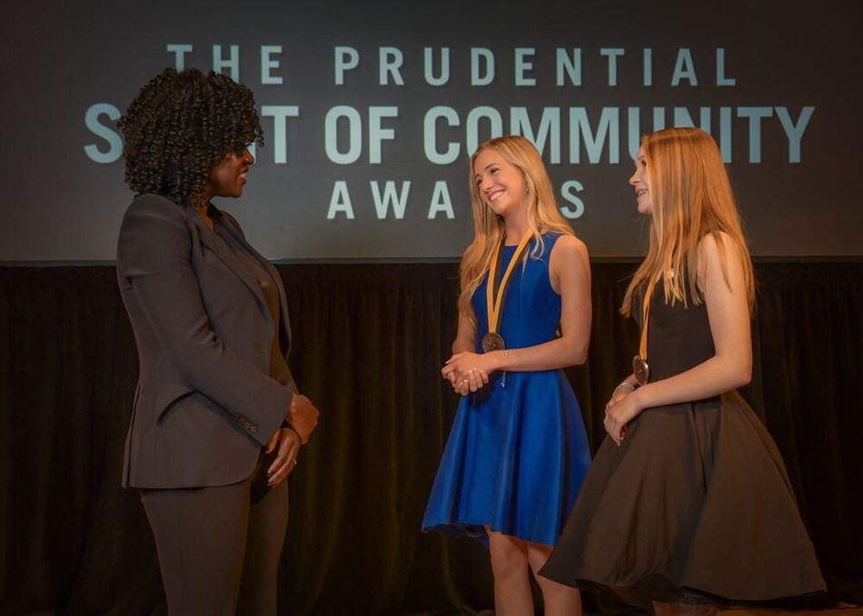 Award-winning actress Viola Davis congratulates Shae Smith, 15, of Bolivar (center) and Chloe Christensen, 14, of Lake Lotawana (right) on being named Missouri's top two youth volunteers for 2019 by The Prudential Spirit of Community Awards. Shae and Chloe were honored at a ceremony on Sunday, May 5 at the Smithsonian's National Museum of Natural History, where they each received a $1,000 award.