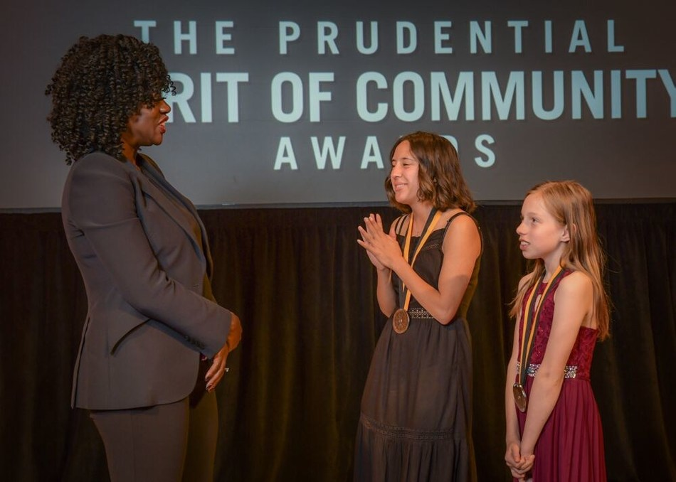 Award-winning actress Viola Davis congratulates Mia Herrera, 18, of Albuquerque (center) and Hannah Johnson, 11, of Angel Fire (right) on being named New Mexico's top two youth volunteers for 2019 by The Prudential Spirit of Community Awards. Mia and Hannah were honored at a ceremony on Sunday, May 5 at the Smithsonian's National Museum of Natural History, where they each received a $1,000 award.
