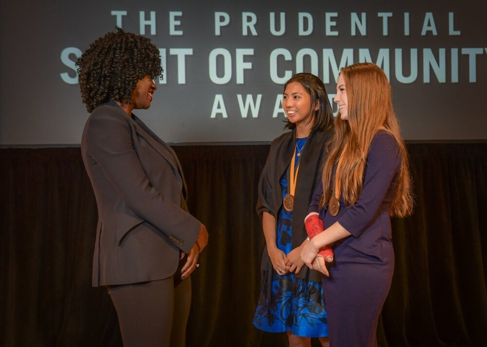 Award-winning actress Viola Davis congratulates Czarina Alfonso, 17, of Clifton (center) and Rylee Howerton, 13, of Vineland (right) on being named New Jersey's top two youth volunteers for 2019 by The Prudential Spirit of Community Awards. Czarina and Rylee were honored at a ceremony on Sunday, May 5 at the Smithsonian's National Museum of Natural History, where they each received a $1,000 award.