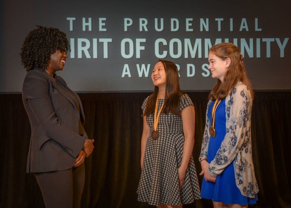 Award-winning actress Viola Davis congratulates Allison Tu, 17, of Louisville (center) and Annemarie Fuerst, 14, of Covington (right) on being named Kentucky's top two youth volunteers for 2019 by The Prudential Spirit of Community Awards. Allison and Annemarie were honored at a ceremony on Sunday, May 5 at the Smithsonian's National Museum of Natural History, where they each received a $1,000 award.