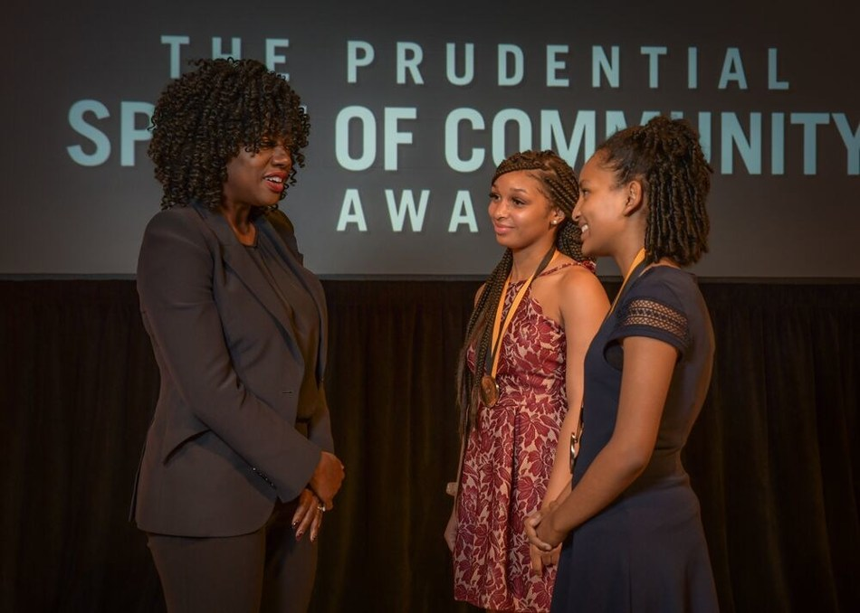 Award-winning actress Viola Davis congratulates Skylar Thomas, 17 (center) and Feven Tadele, 13 (right) on being named the District of Columbia's top two youth volunteers for 2019 by The Prudential Spirit of Community Awards. Skylar and Feven were honored at a ceremony on Sunday, May 5 at the Smithsonian's National Museum of Natural History, where they each received a $1,000 award.