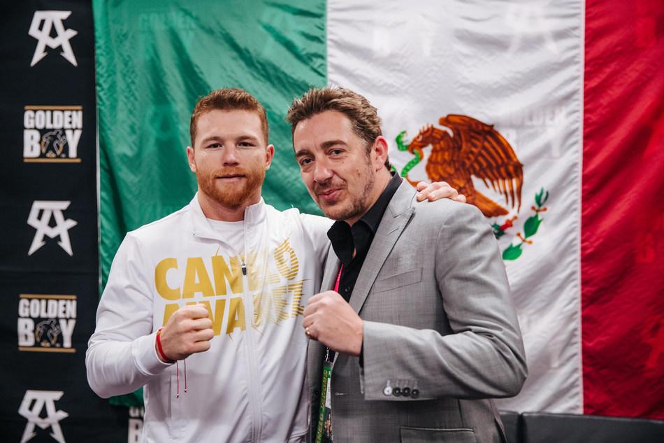 Canelo Álvarez and Giles Woodyer (PRNewsfoto/Hennessy)