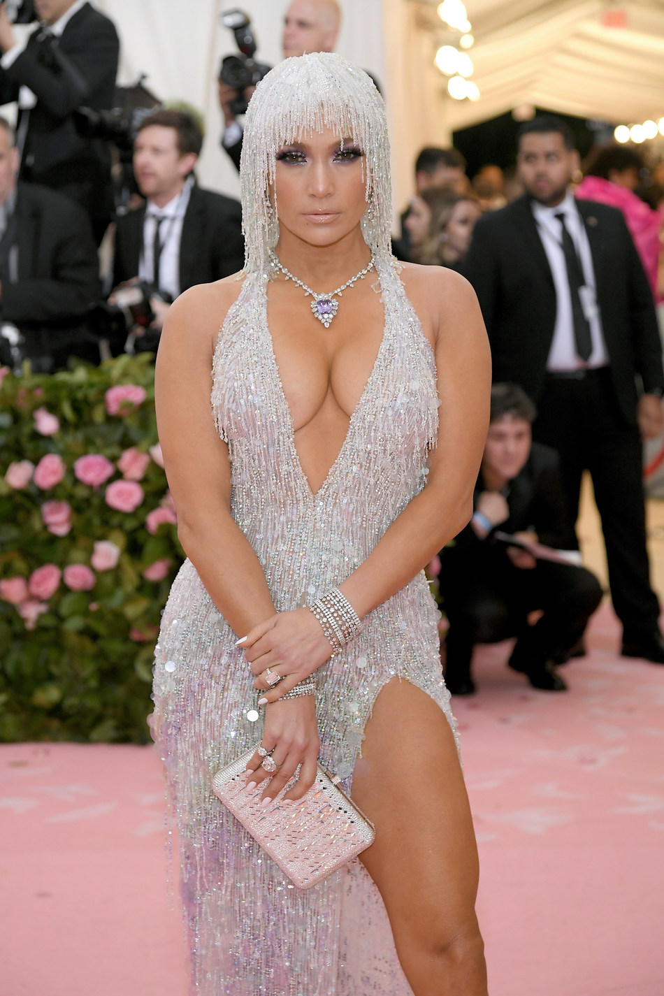 Jennifer Lopez Wears Platinum Jewelry to the MET Gala #BePlatinum (Photo by Neilson Barnard/Getty Images)