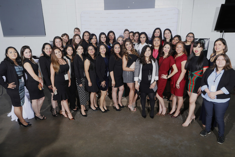 "Century 21 Real Estate and Hispanic Heritage Foundation honor newest Houston real estate agents at ""Empowering Latinas"" scholarship celebration event"