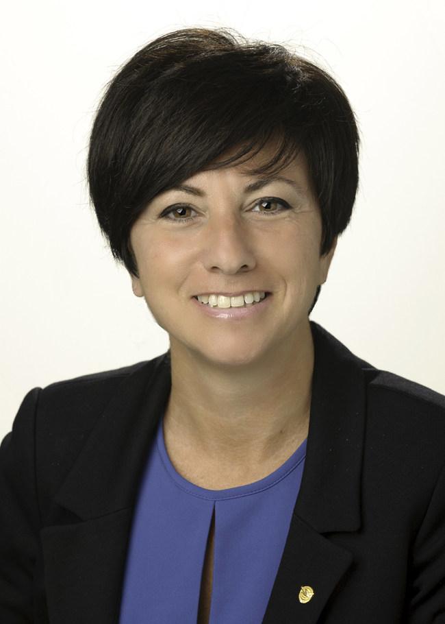 Maria Della Posta succeeds John Saabas as President, Pratt & Whitney Canada.