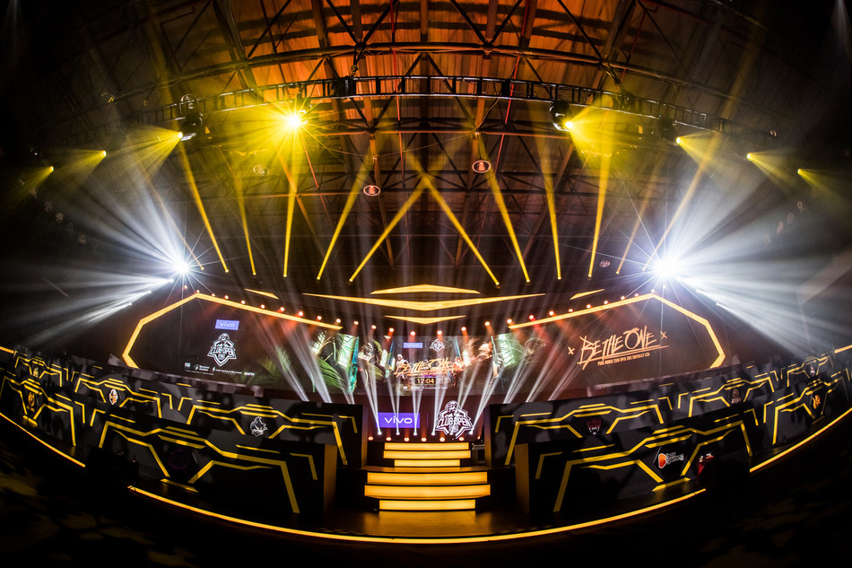 PMCO 2019 SEA League competition stage (PRNewsfoto/Vivo)