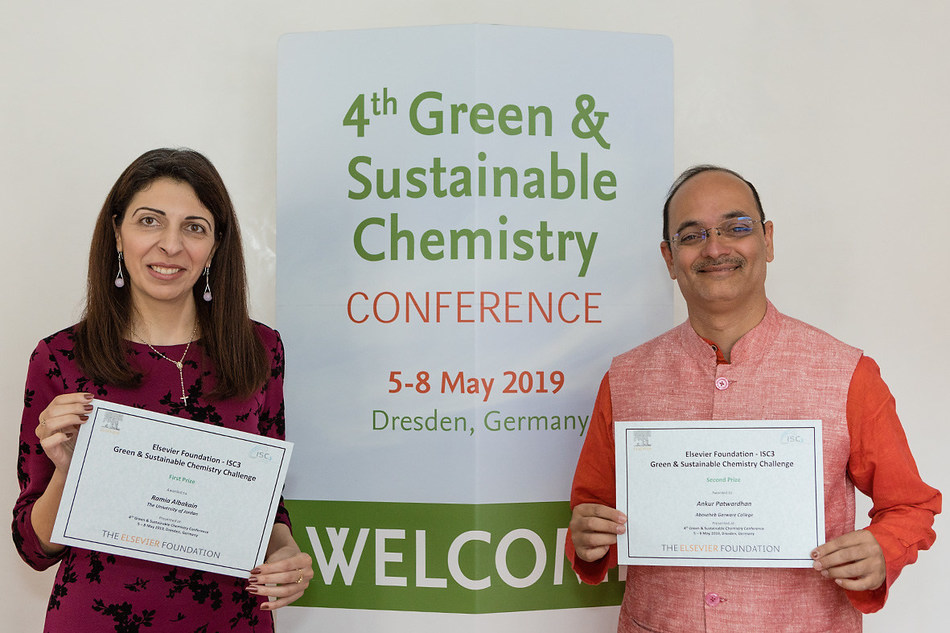 2019 Elsevier Foundation Green and Sustainable Chemistry Challenge Winners, Drs. Albakain and Patwardhan (right) (Credit: Jürgen Lösel).