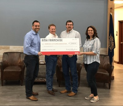 Photographed from left to right, RMH VP of Strategic Operations Ryan Pilkington, Nebraska Cattlemen's Executive VP Pete McClymont, Nebraska Cattlemen's  VP of Operations Lee Weide and RMH Director of People Resources Jen Hansen.