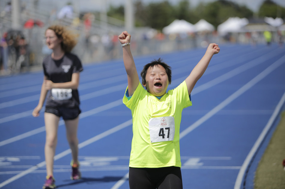 2,500 athletes and coaches from Canada, United States and the Caribbean, are taking part in the first-ever Invitational Youth Games in venues across Toronto May 14 -17. (CNW Group/Special Olympics Ontario)