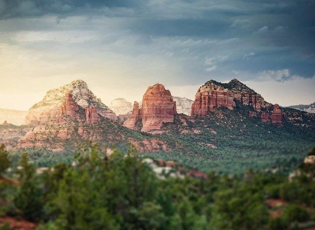 Sedona's red rocks inspire artists, spiritual seekers and nature lovers around the world.