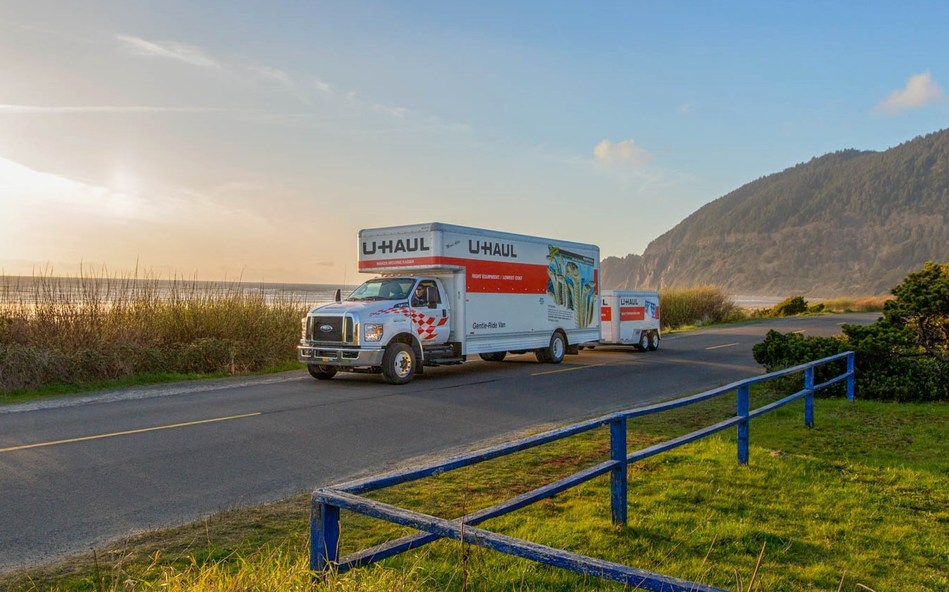 Today marks the beginning of U-Haul counting down its top 10 U.S. Destination Cities based on the total number of one-way customer truck arrivals in 2018. Charlotte, N.C. ranks No. 10 on the list.