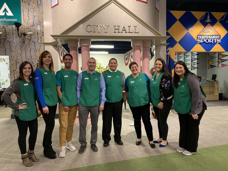 OnPoint volunteers commemorated the credit union's expanded partnership with Junior Achievement by participating in JA BizTown on April 23, 2019. The event offers 5th grade students a one-day economic simulation within an 8,500 square foot replica of an American city.