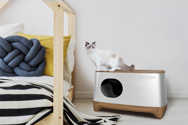 iKuddle Self-cleaning Litter Box