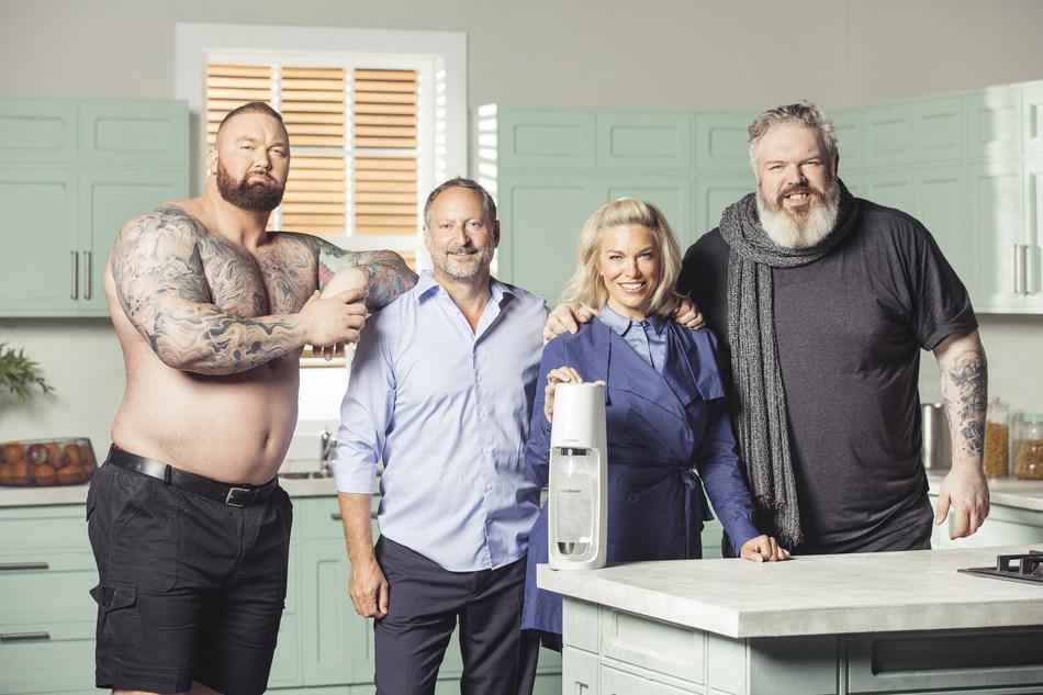 Left to right, Thor Bjornsson, Daniel Birnbaum, Hannah Waddingham and Kristian Nairn (PRNewsfoto/SodaStream)